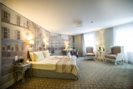 """Suite - """"Renommee hotel"""""""
